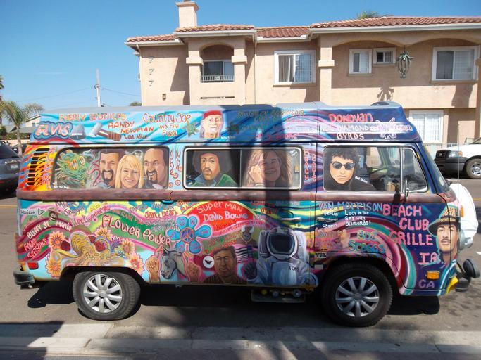 pomalované hippies auto