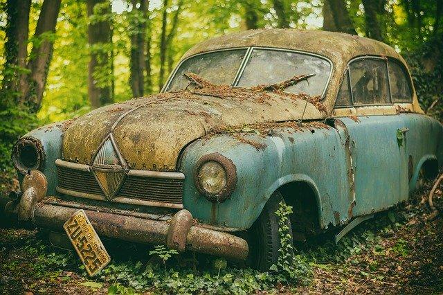 Staré auto vrak